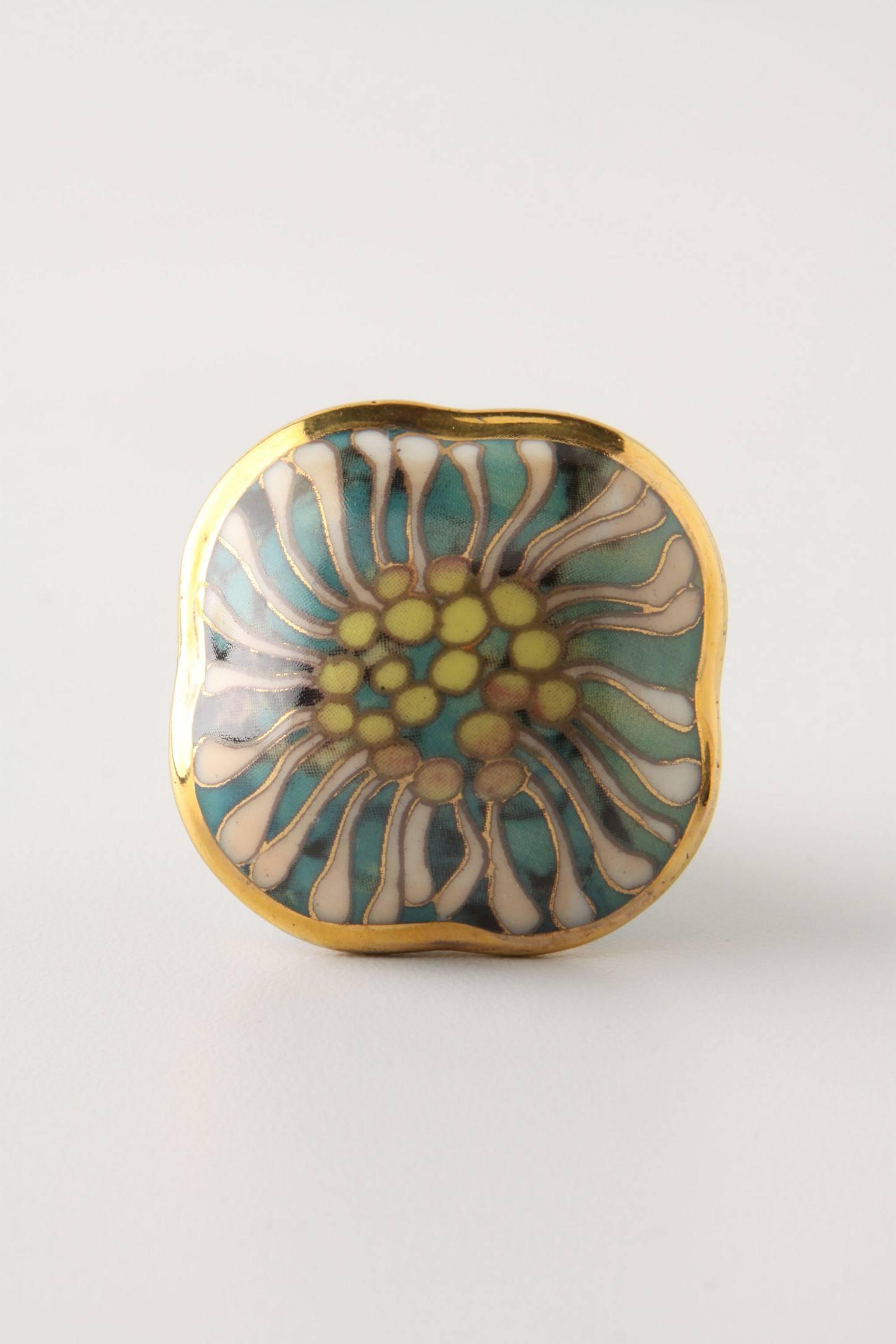 Brilliant Blossom Knob