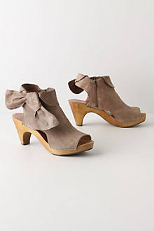 Taupe-Tied Booties