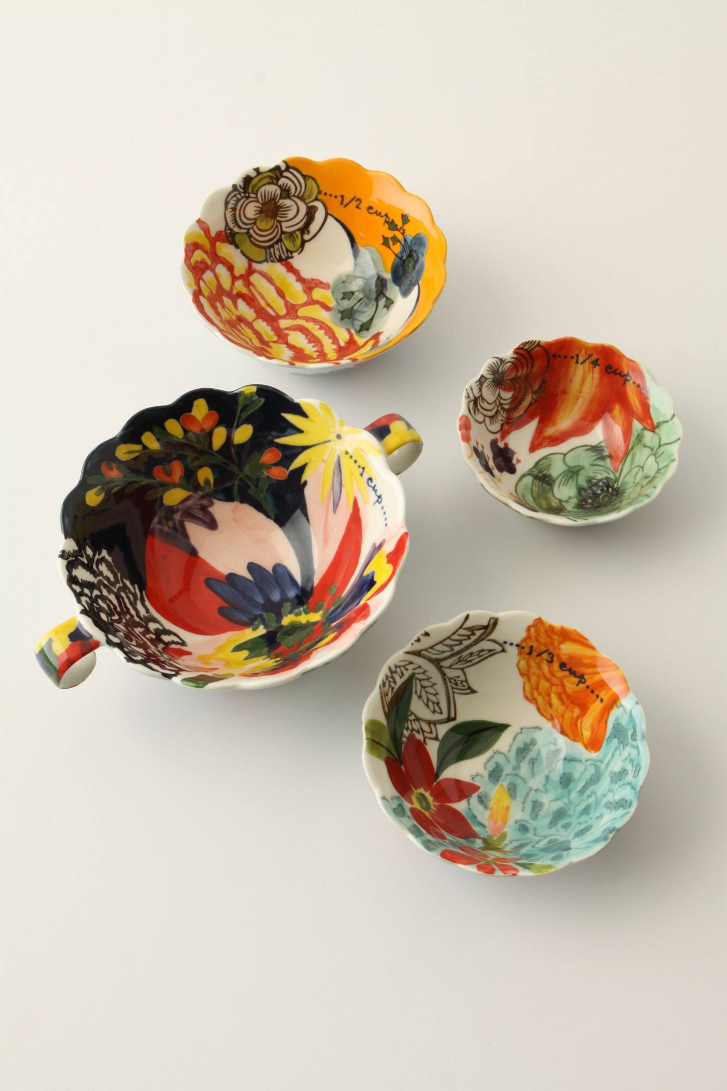 Floral patterned measuring cups from Anthropologie