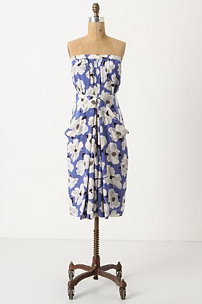 Vokko Dress - Anthropologie.com :  blue and floral front pockets slouchy keyhole detail
