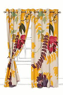 Finnia Curtain