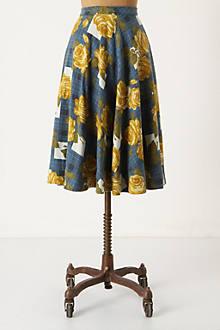 Settee Roses Skirt