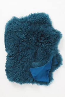 Fleece Flounce Throw