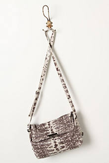 Scaled Vardo Shoulder Bag