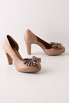 Pierina Bow Pumps