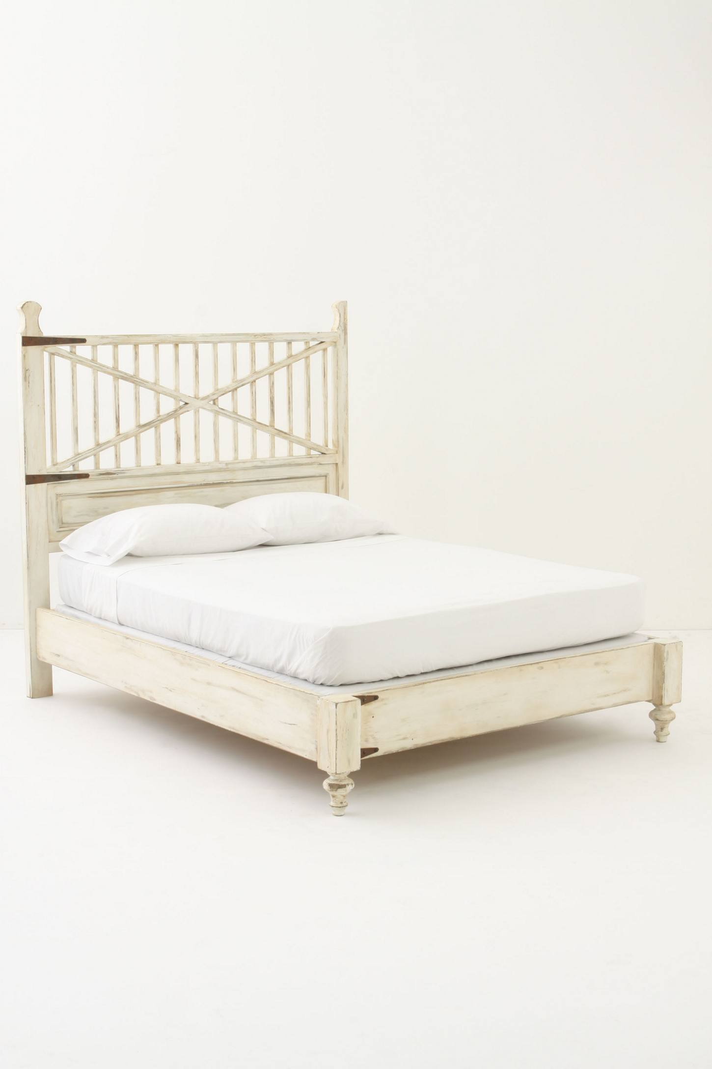 Glenbrook Bed