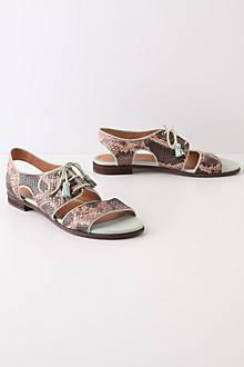 Plica Sandals
