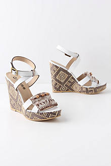 Awena Wedges