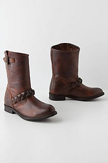 Albion Mid Boots