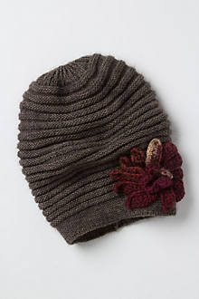Ribbed Bloom Hat