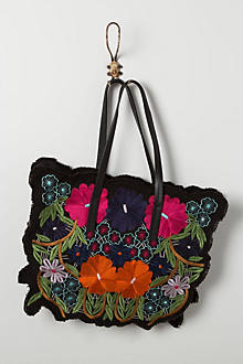 Embroidered Lin Shoulder Bag