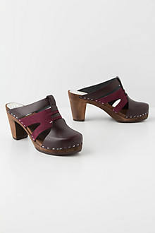 Cygnet Cutout Clogs