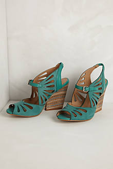 Kiva Wedges