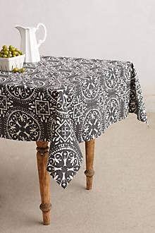 Garnished Medallion Tablecloth