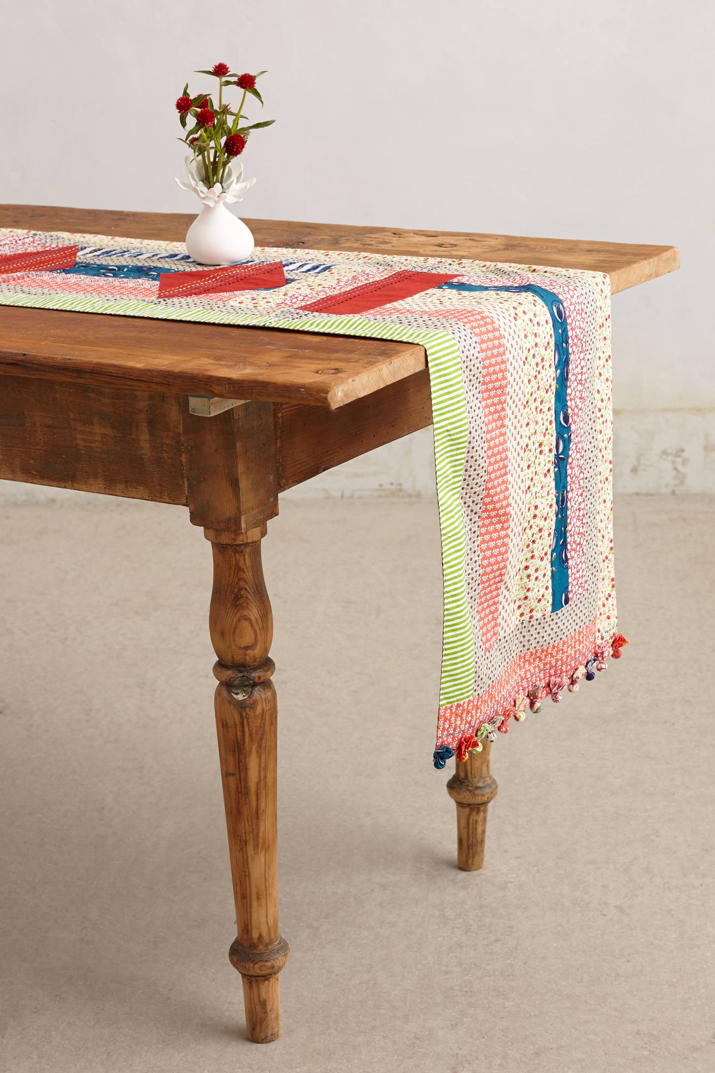 Quilted Circle Table Linen