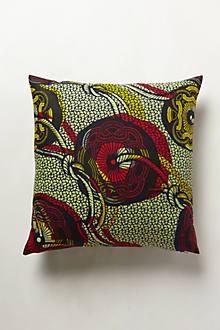 Sauri Pillow