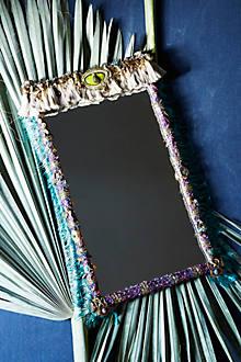Milagros Mirror