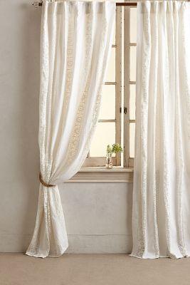 Florentine Curtain