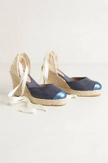 Waterfront Wedges