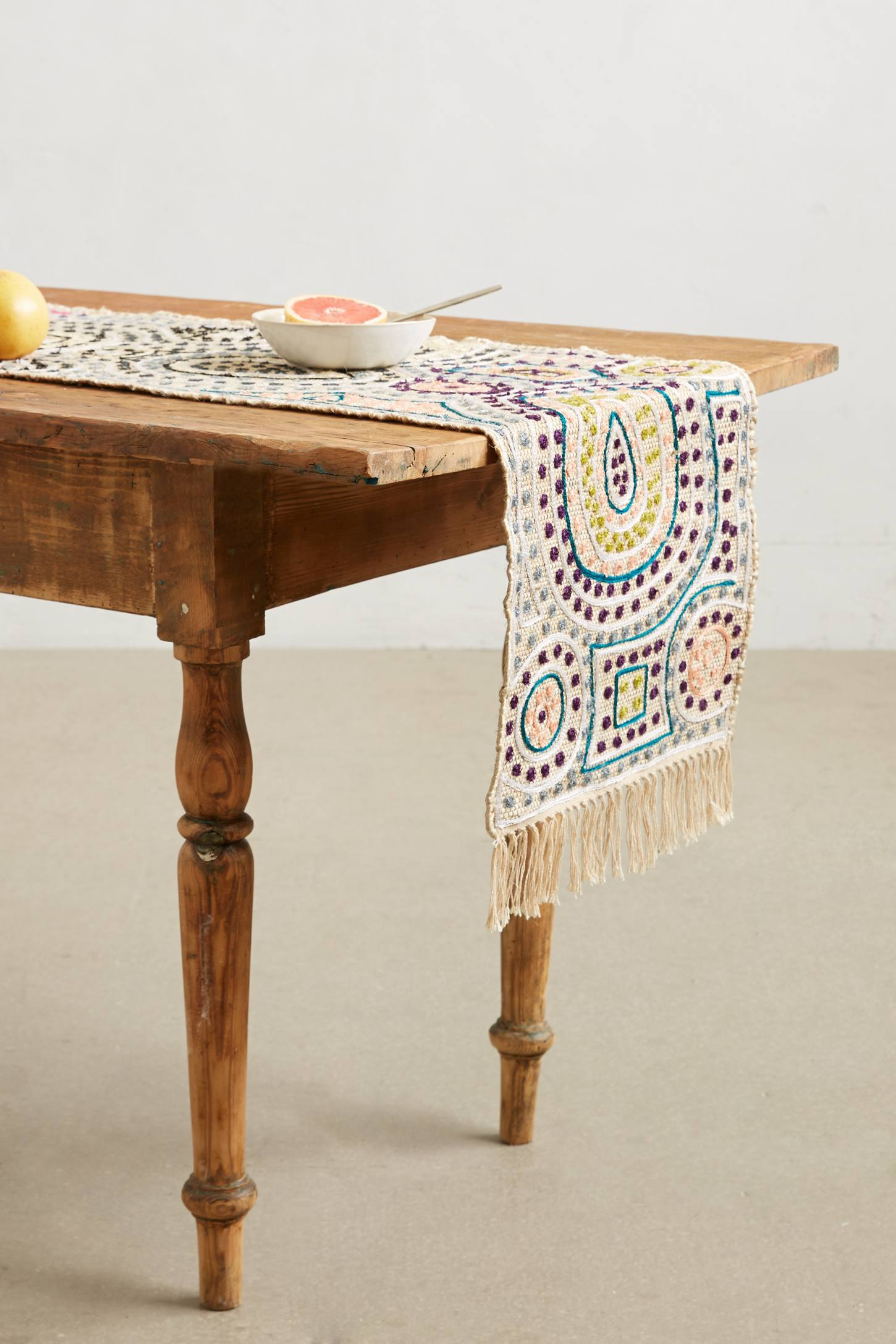 Cascai Table Runner