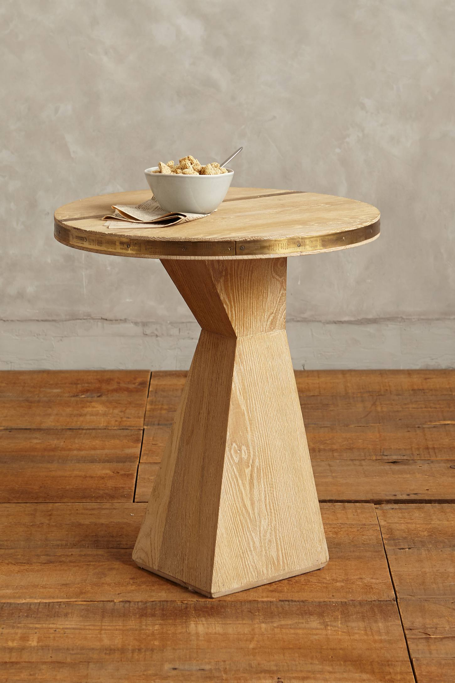 Folkthread Side Table, Gablebase
