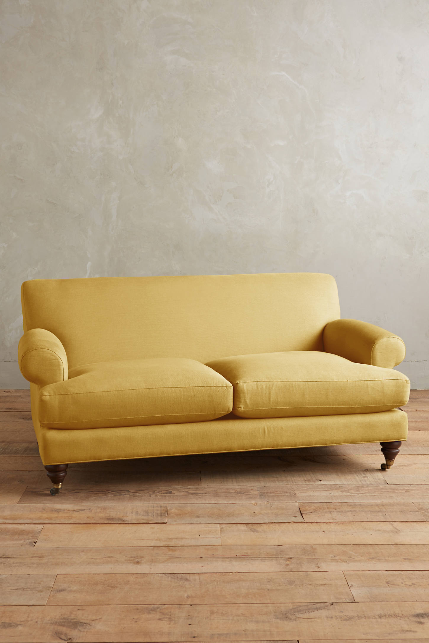 Linen Willoughby Settee, Hickory