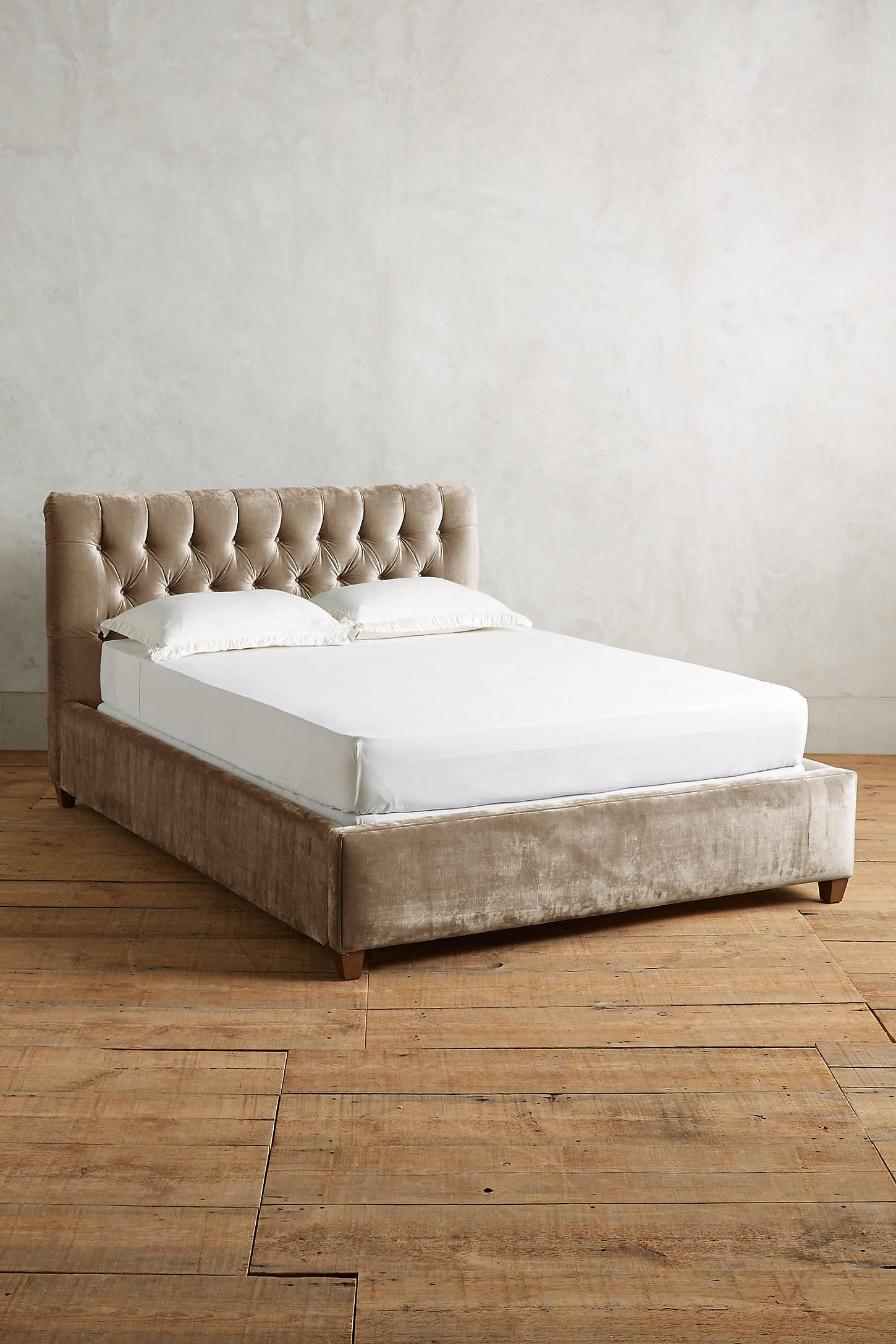 Slub Velvet Tufted Lena Bed