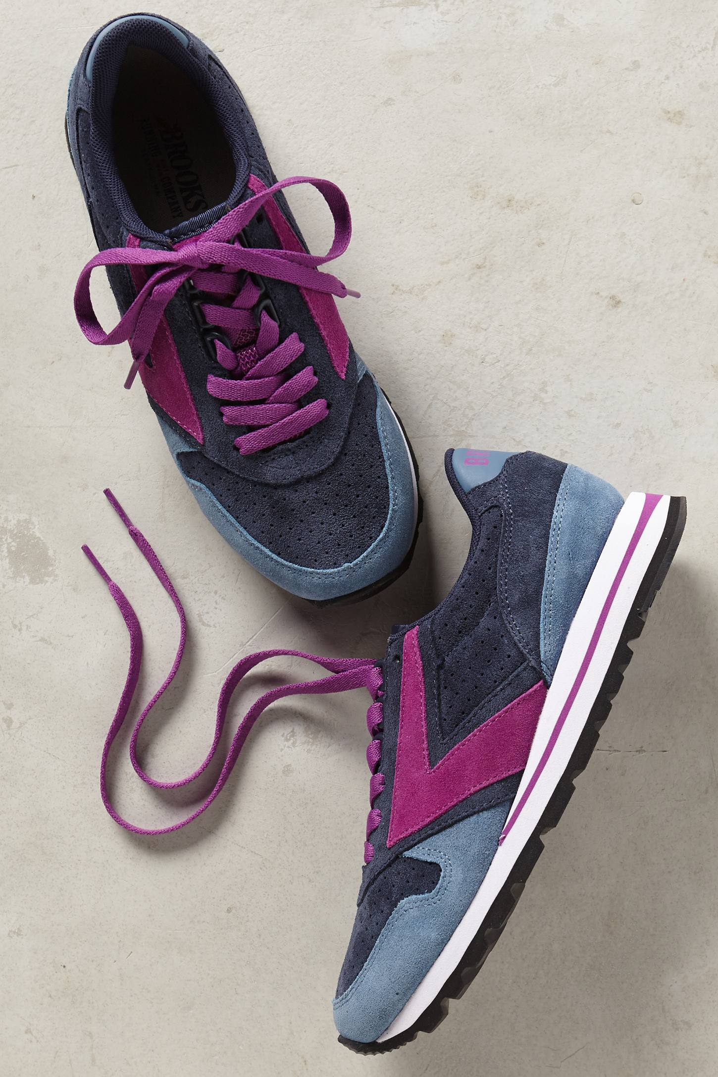 Brooks Winter Chariot Sneakers