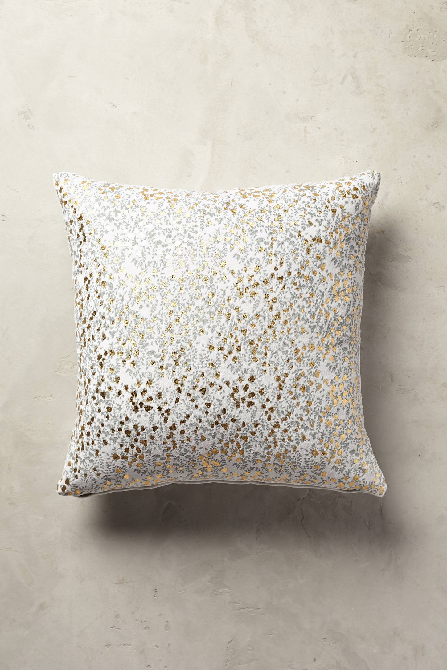Rosemund Pillow