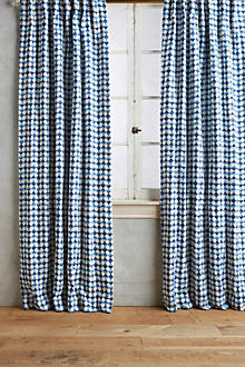 Arima Geometric Curtain