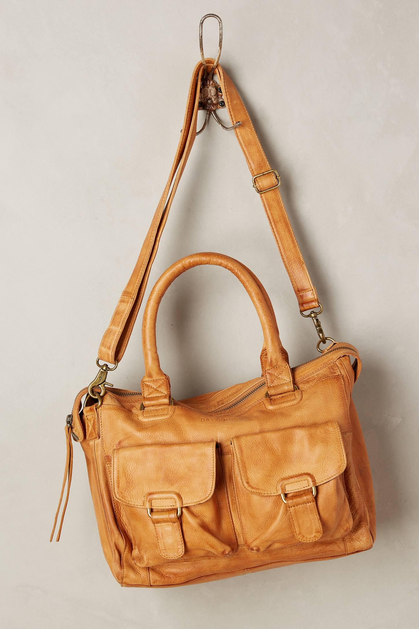 Middlemost Shoulder Bag
