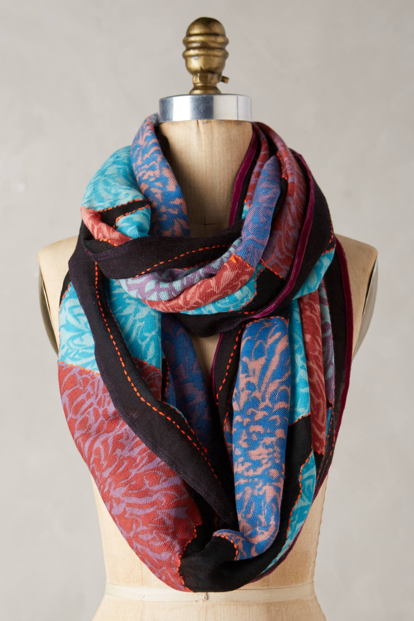 Marianella Infinity Scarf