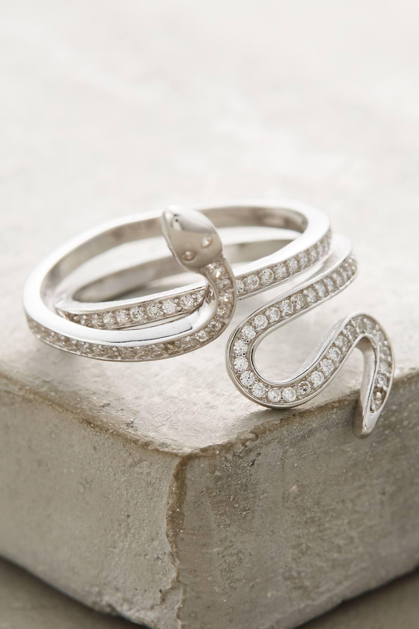Vibora Ring