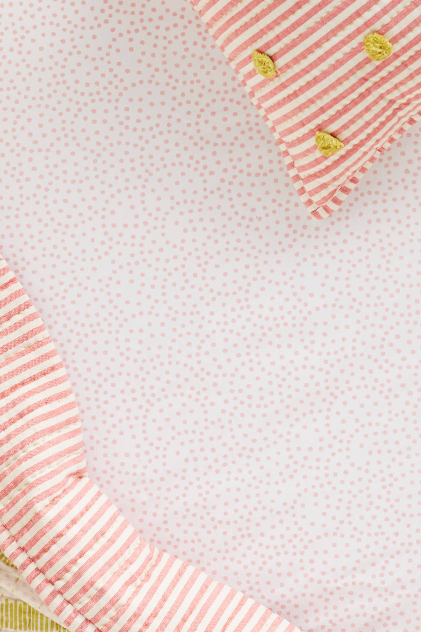 Twirling Dots Crib Sheet