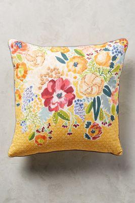 Logann Pillow