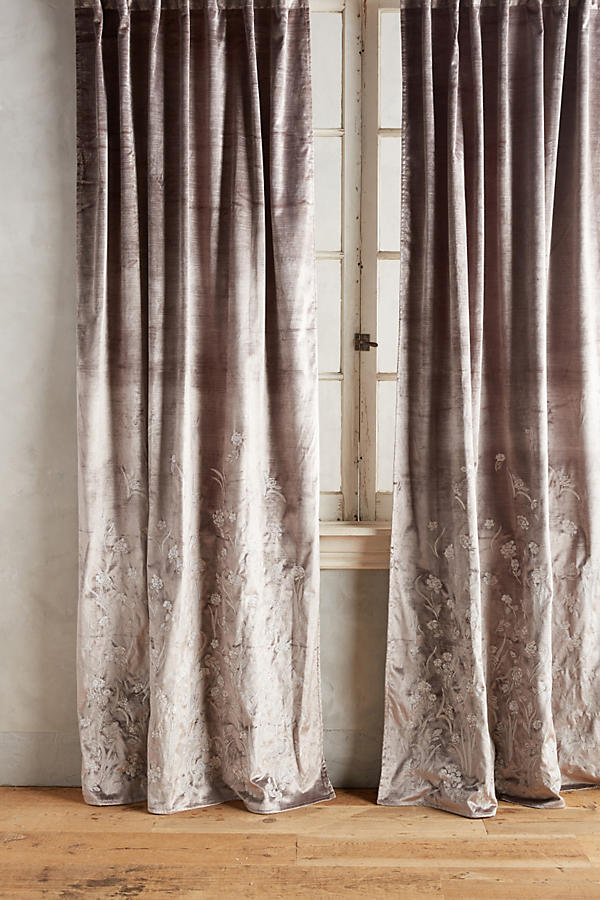 Slide View: 1: Floral Field Curtain