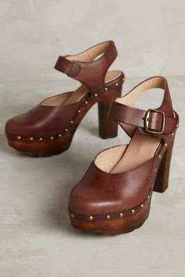 KMB Wood Platform Pumps