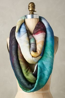 Luculia Infinity Scarf