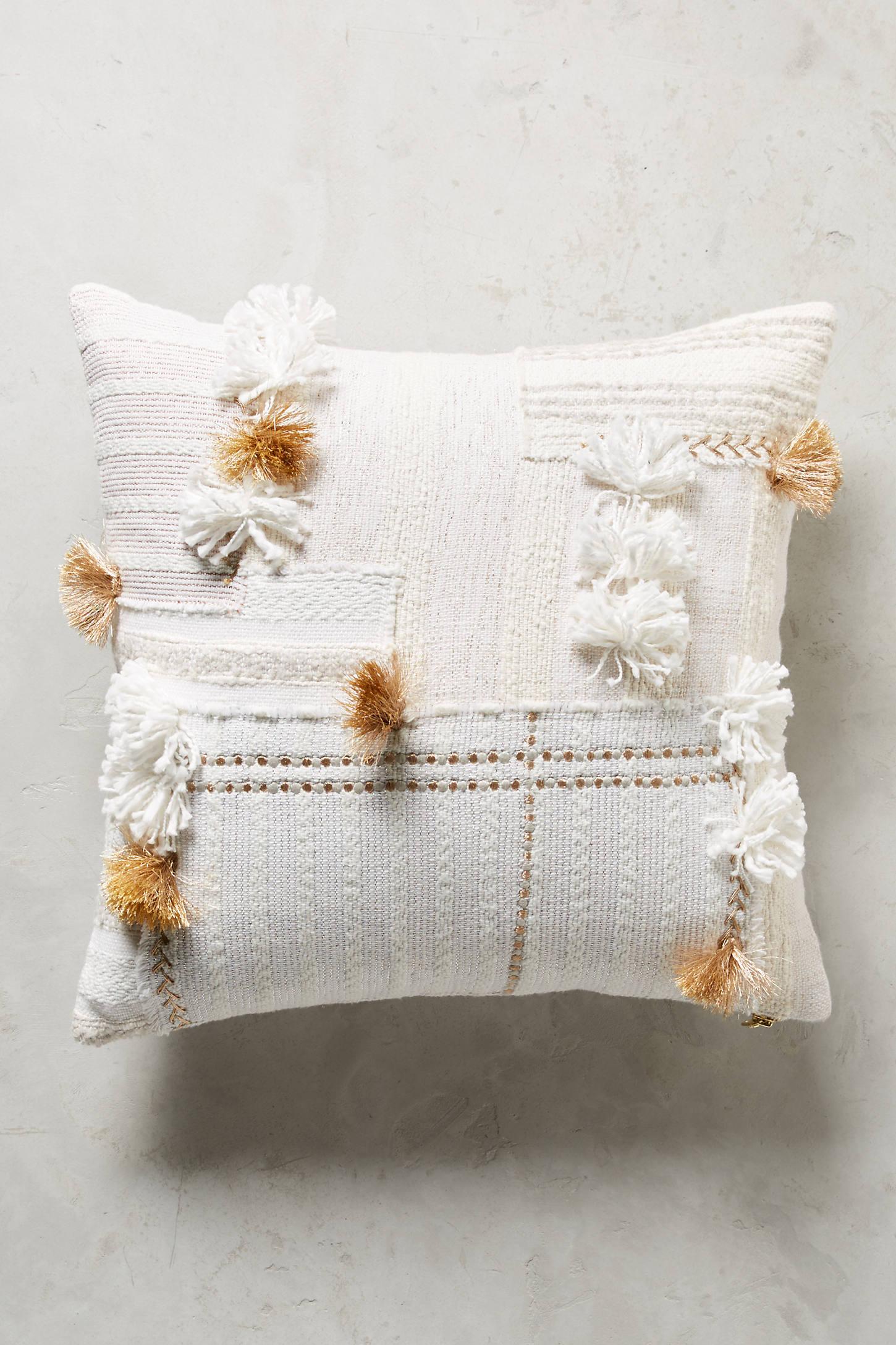 Tufted Yoursa Cushion