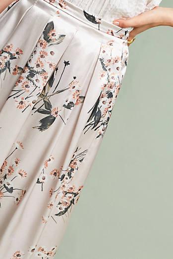 Champagne Garden Skirt