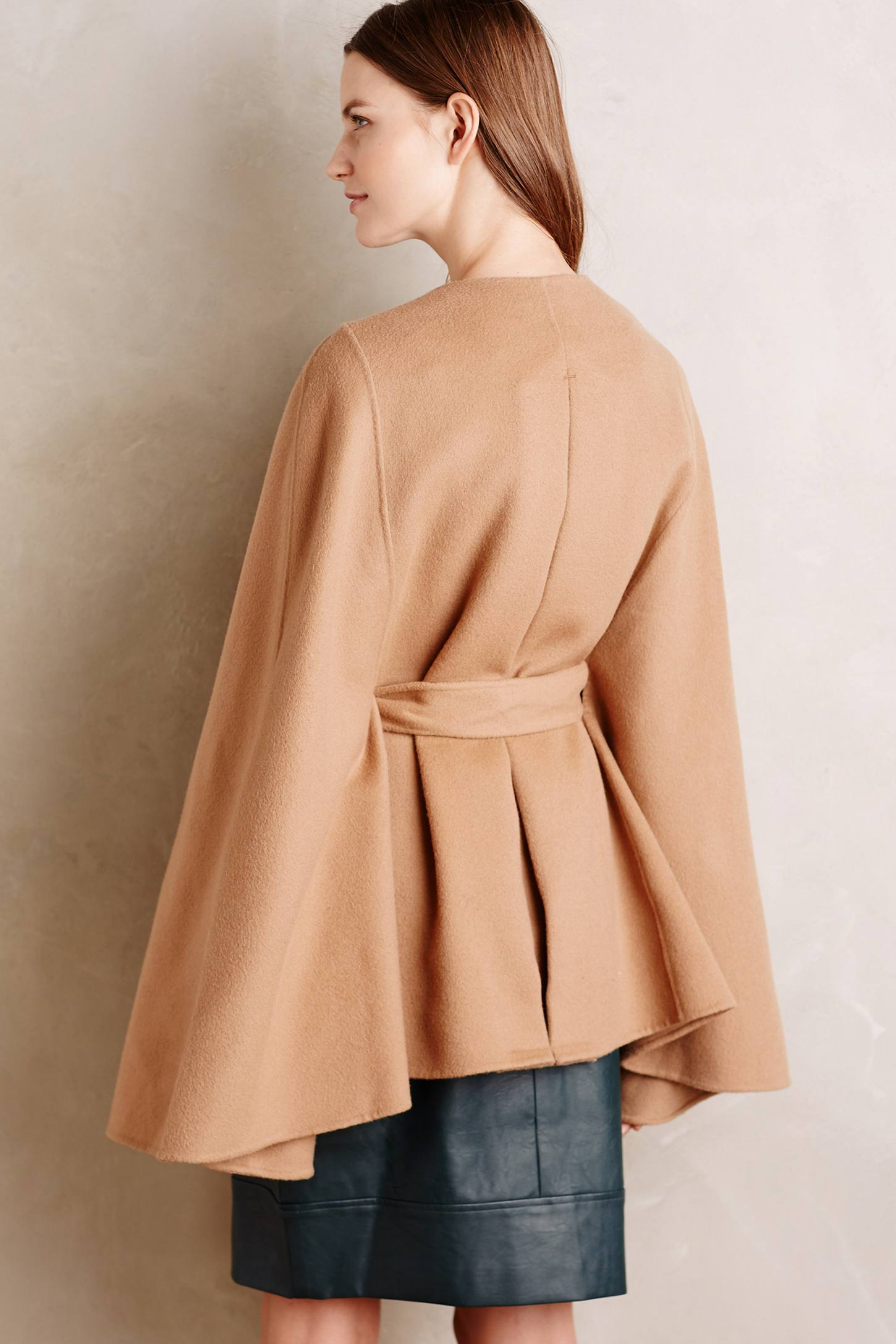 Geneve Wool Capelet