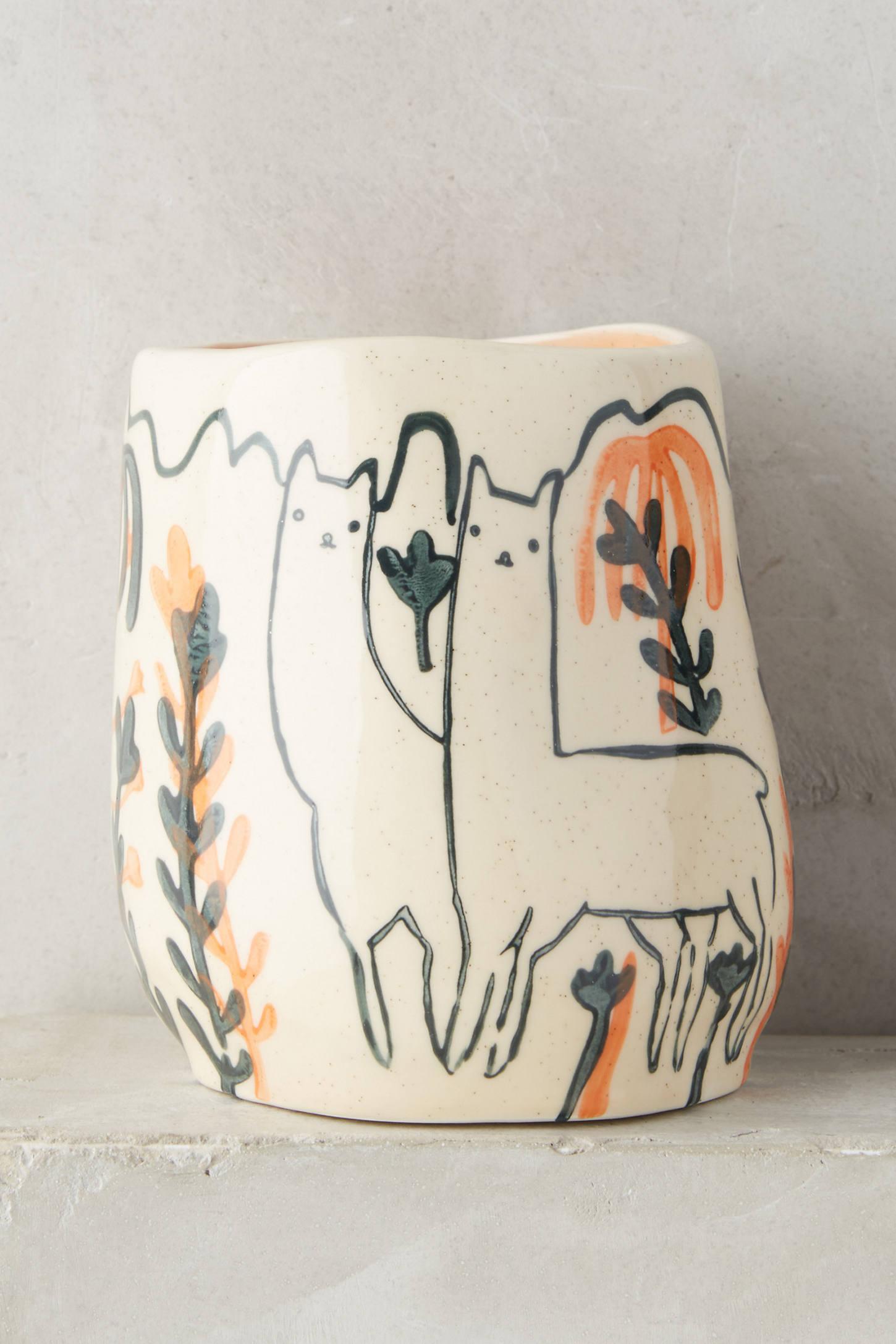 Wild Alpaca Pot