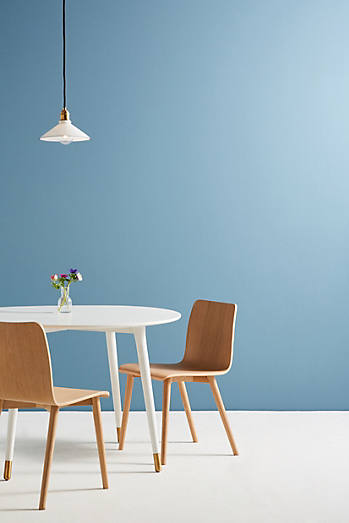 Lisen Dining Table