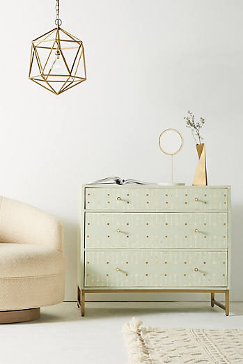 Circle Inlay Three-Drawer Dresser