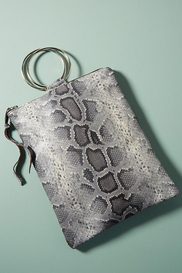 Oliveve Lane Clutch