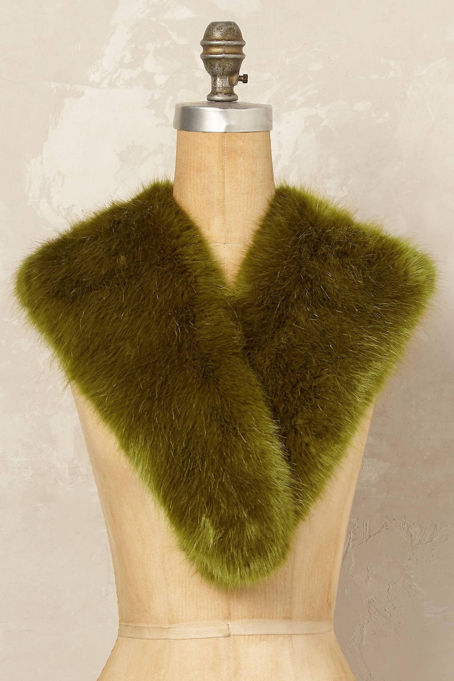 Klara Faux Fur Collar