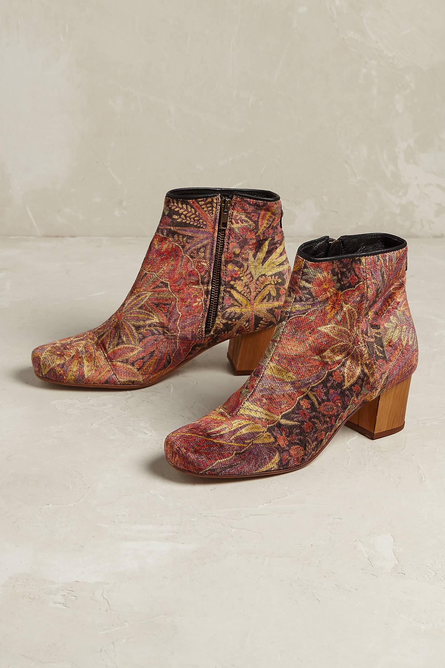 Garnett Velvet Boots