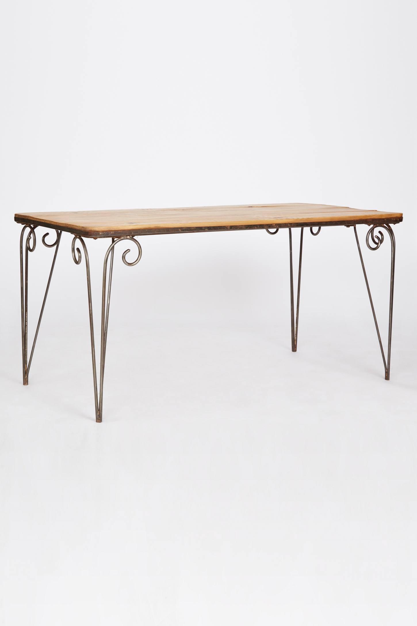 Floras Table