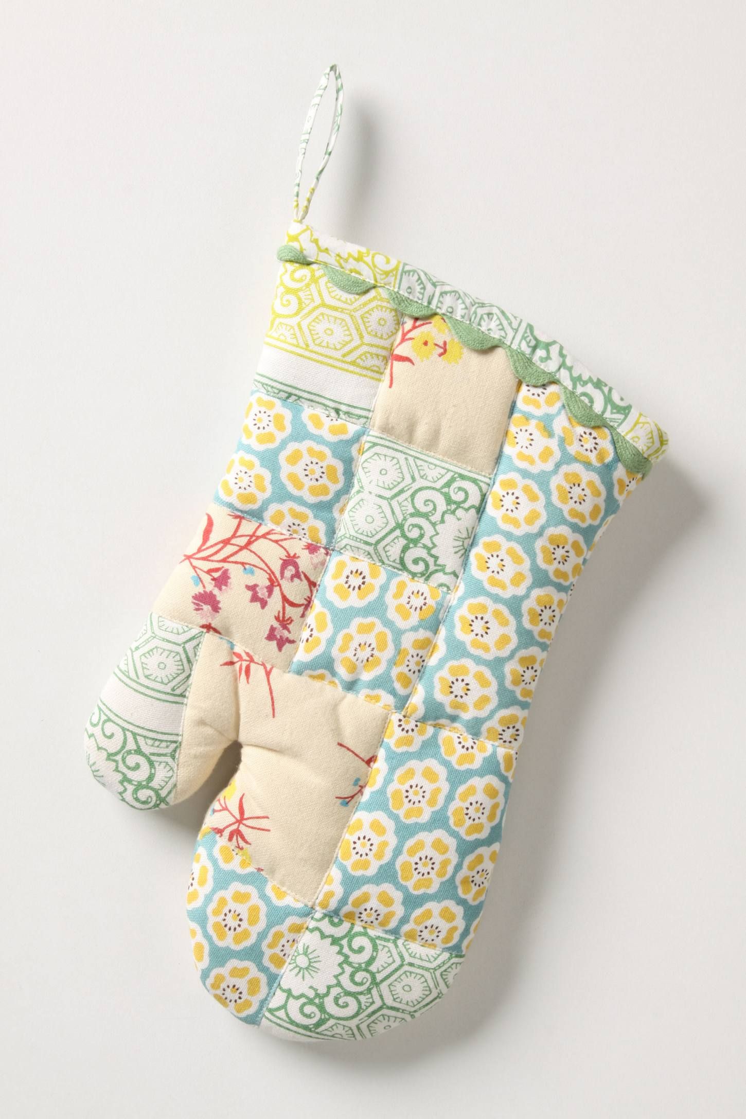 Sewing Basket Oven Mitt