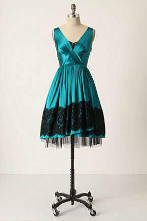 Snow Queen Dress :  crossover bust lace party dress emerald